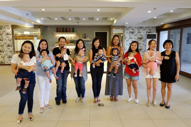 birthing class reunion with six month old babies